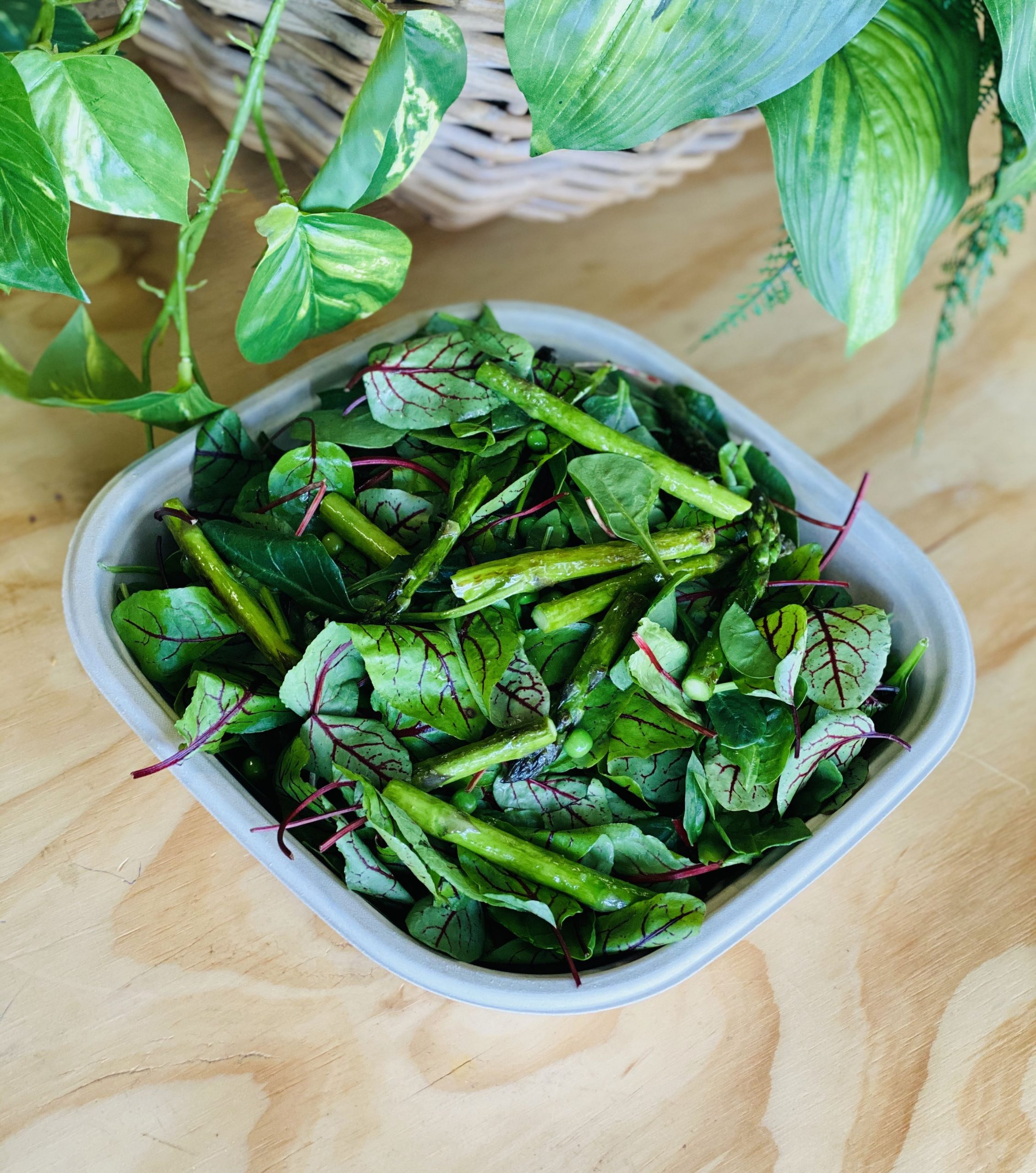 Asparagus salad partysize